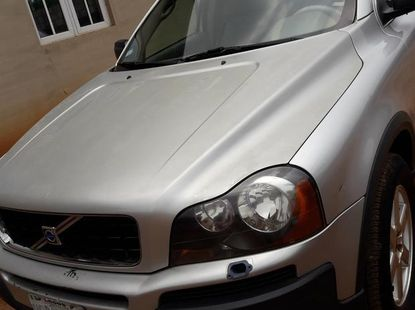 Sell grey/silver 2005 Volvo XC90 in Lagos at cheap price