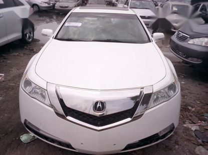 Well maintained 2010 Acura TL sedan automatic for sale