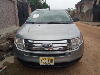 Need to sell high quality 2007 Ford Edge suv / crossover at price ₦2,500,000 in Lagos