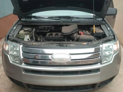 Sell used 2008 Ford Edge suv / crossover automatic at mileage 159,000