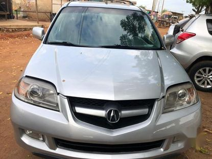 Selling grey 2004 Acura MDX suv / crossover automatic in Lagos