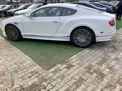Need to sell cheap used 2016 Bentley Continental automatic in Lagos