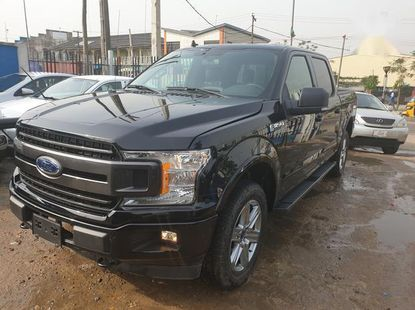Sell high quality 2019 Ford F-150 automatic at mileage 1,025