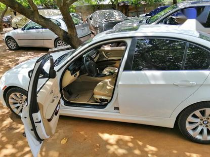 Certified white 2010 BMW 328i automatic in good condition