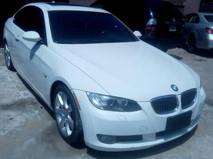 Need to sell cheap used white 2011 BMW 333i sedan automatic