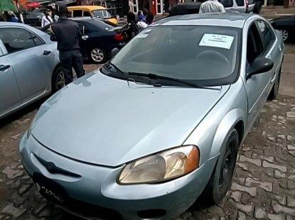 Sell used blue 2002 Chrysler Sebring sedan automatic at cheap price