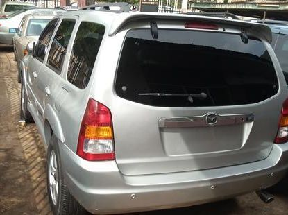 Clean direct used grey/silver 2003 Mazda Tribute automatic