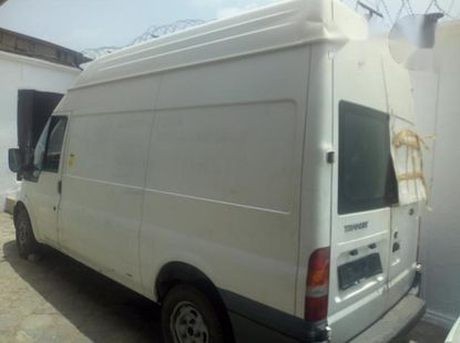 Well maintained 2002 Ford Transit van  for sale at price ₦1,200,000
