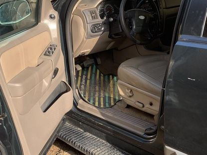 Sell green 2002 Ford Explorer automatic at cheap price