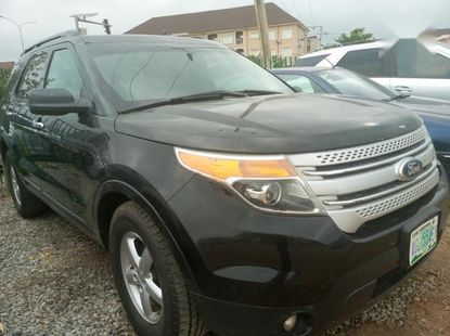Sell black 2012 Ford Explorer suv automatic