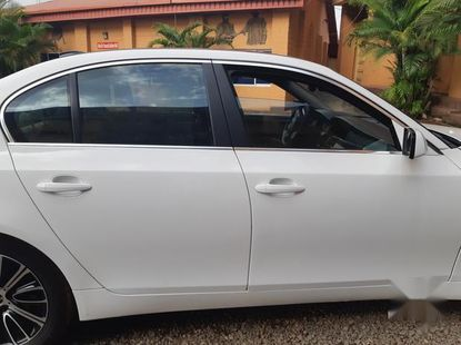 Certified white 2010 BMW 530i automatic in good condition