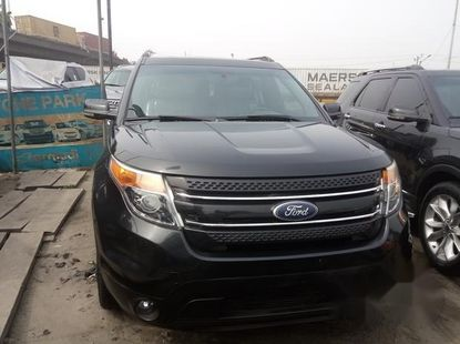 Neat Foreign used Ford Explorer 2013 Black