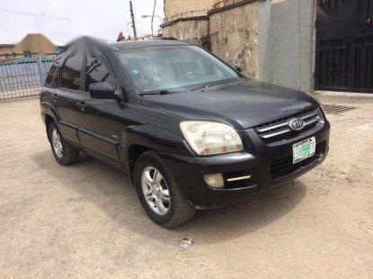 Neat Nigerian used Kia Sportage 2005 Black