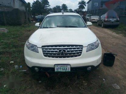 Nigerian Used Infiniti FX 2003 45 White