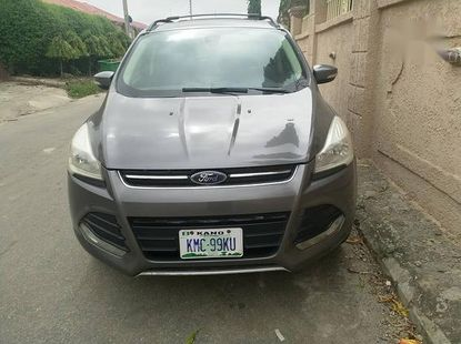 Well Clean and Well Maintained Nigerian used Ford Escape 2013 Model