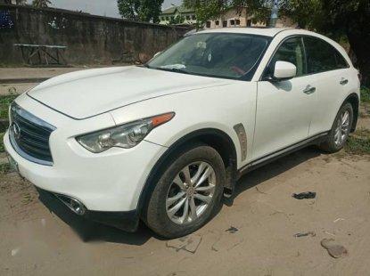 Neat Nigerian used  Infiniti FX 2010 37 White
