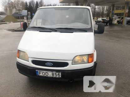 Neat Tokunbo Used Ford Transit 1999 Model