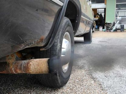 How to silence a noisy car exhaust