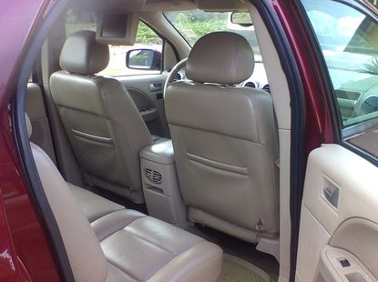 Neat Nigerian used 2005 Ford Freestyle
