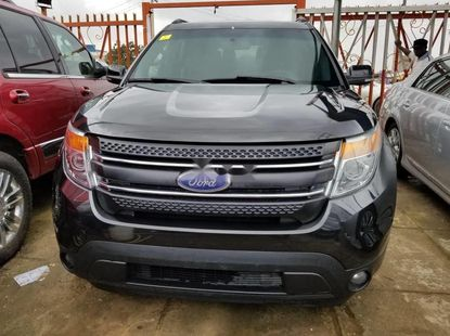 Clean Foreign Used Ford Explorer 2011 Black