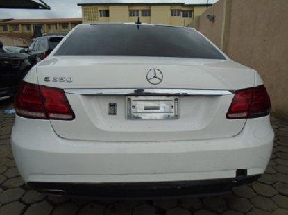Nigeria Used Mercedes Benz E350 2010 Model White