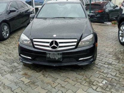 Neat Nigerian used 2011 Mercedes-Benz C300