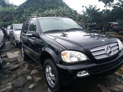 Very Clean Foreign used Mercedes-Benz ML350 2005