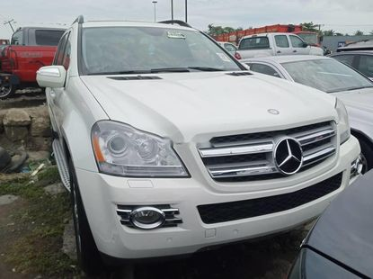 Neat Foreign used Mercedes-Benz GL-Class 2009