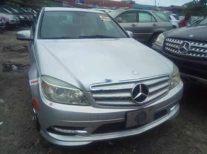 Foreign Used Mercedes-Benz C300 2009 Model Silver