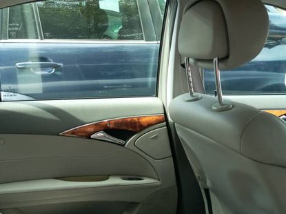 Silver Foreign Used Mercedes Benz E320 2006 Model for Sale