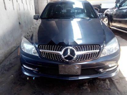 Foreign Used 2010 Mercedes-Benz C300 Automatic