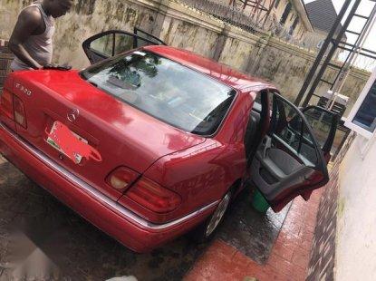 Tokunbo Mercedes-Benz E320 2000 Model Red
