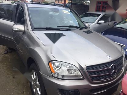 Neat Foreign used Mercedes-Benz M Class 2008 Gray