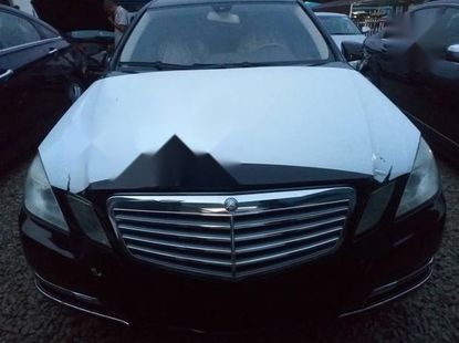 Very Clean Foreign used Mercedes-Benz E350 2009 Black