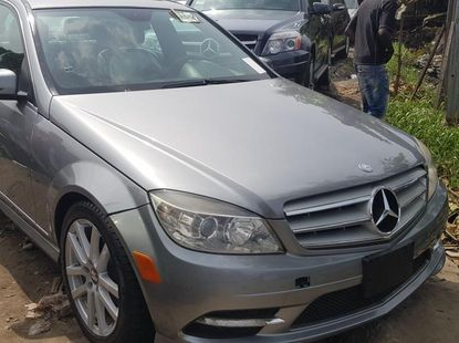 Foreign Used Mercedes-Benz C300 2009
