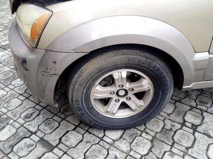 Neat Nigerian used Kia Sorento 2003
