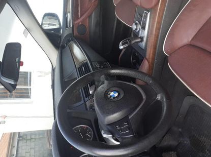 Clean Foreign used BMW X6 2010
