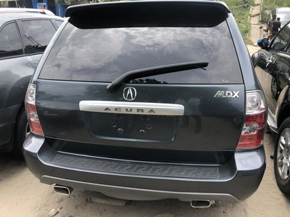 Acura MDX 2005 Foreign Used Green Jeep in Apapa