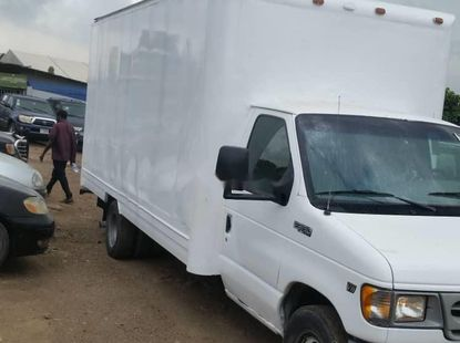 Foreign Used 2003 Ford E-350 for sale in Lagos