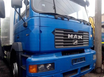 Foreign Used Man 26.372 2000 Model Blue