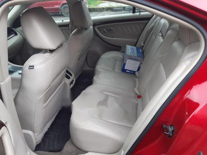 Neat Foreign used 2010 Ford Taurus