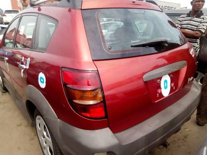 Foreign Used Pontiac Vibe 2007 Model Red