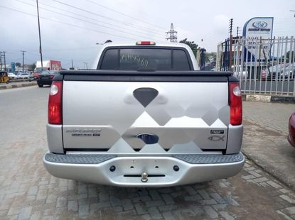 Foreign Used 2005 Ford Explorer Petrol