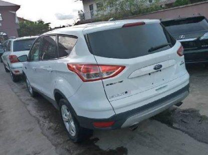 Tokunbo Ford Escape 2015 Model White
