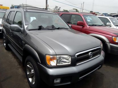 Super Clean Foreign used 2004 Nissan Pathfinder