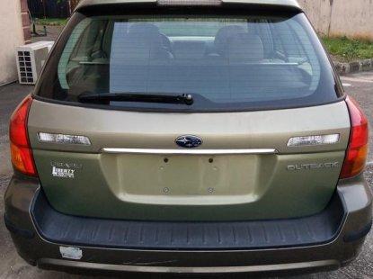 Neat Foreign used Subaru Outback 2005 2.5i