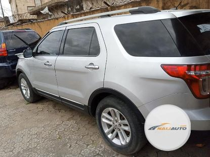 Foreign Used Ford Explorer 2013 Model Silver