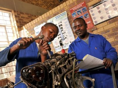 Let's choose the best auto mechanic training schools in Nigeria