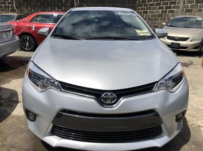 Used Toyota Corolla Foreign 2015 Model Silver for Sale