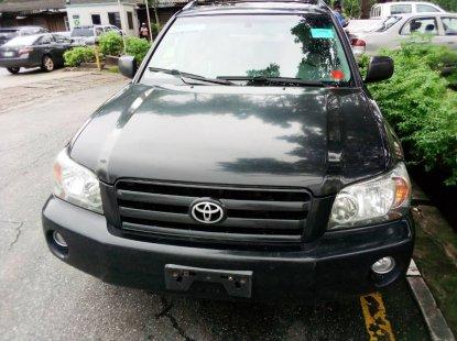 Toyota Highlander SUV LE Foreign Used 2005 Black